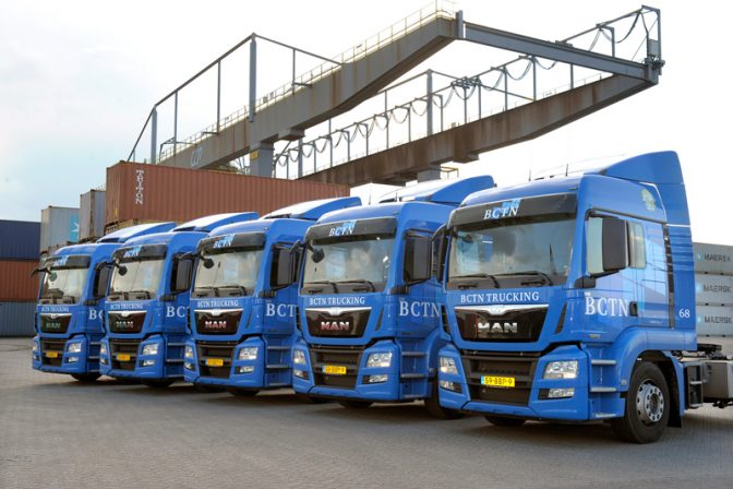 Vrachtwagenchauffeur, BCTN Trucking containers vervoeren over de weg